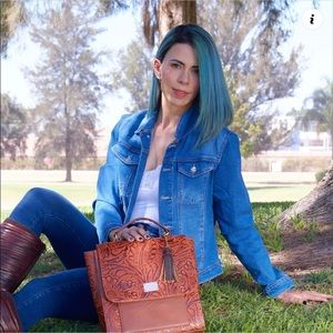 Anahí convertible backpack leather painted bag